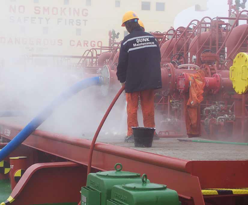 Cleaning deck and drip trace after the spillage